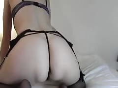 Sexy Amateur Cougar Plays With Her Ass Inserting Dildo
