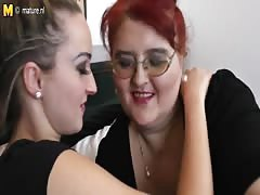 Hot daughter fucks a big mature lesbian woman