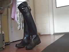 Cleaning of Rubber Boots